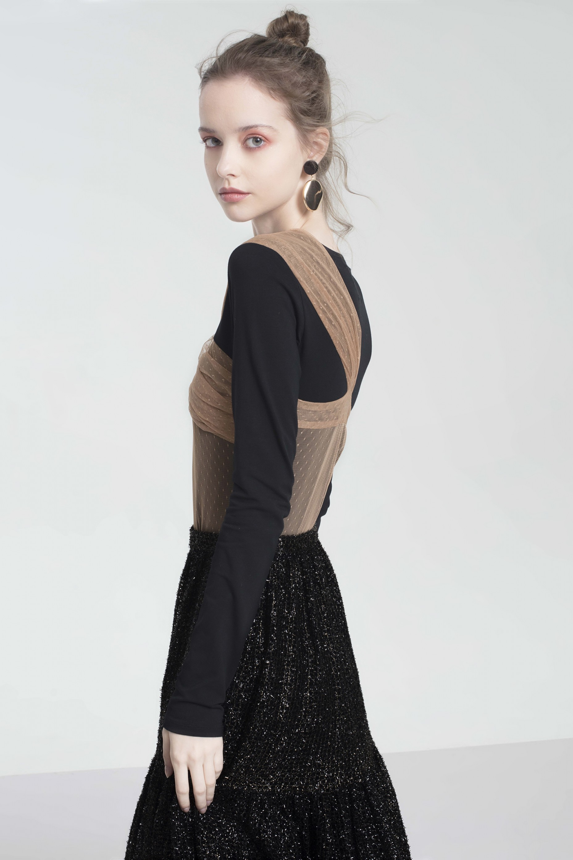 Knotted Mesh-trimmed Top