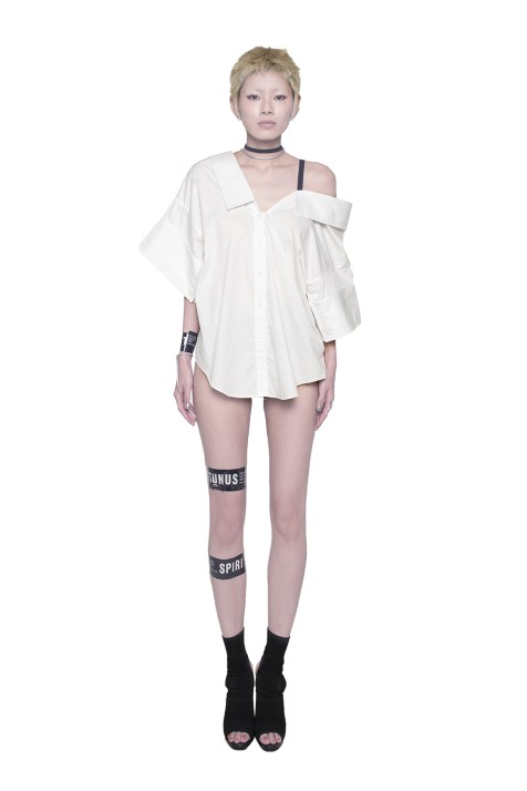 Off Shoulder Shirt With Detachable Strap